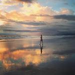 Caminando en un Sueño by Abigail Grattidge